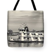 New Orleans Ferry Bw Tote Bag
