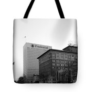 Newark  New Jersey In Black And White Tote Bag