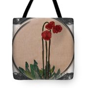 Newfoundland Pitcher Plant - Porthole Vignette Tote Bag