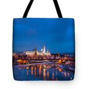 Night View Of Moscow Kremlin In Wintertime - Featured 3 Tote Bag