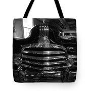 Nose '47 Pontiac Tote Bag