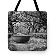 Oak Alley Plantation Landscape In Bw Tote Bag