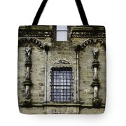 Oil Painting - Renaissance Styled Statues On Royal Palace In Stirling Castle Tote Bag