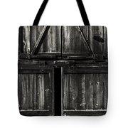 Old Barn Door - Bw Tote Bag