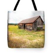 Old Barn On Highway 86 - Rustic Barn Tote Bag