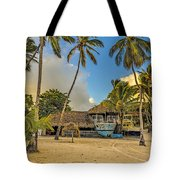 Old Boat On The Beach Tote Bag