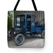 Old Ford Wrecker  Tote Bag