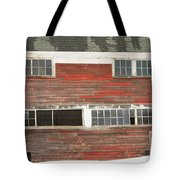 Old Maine Barn In Winter Tote Bag