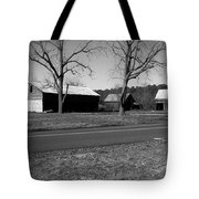 Old Red Barn In Black And White Tote Bag