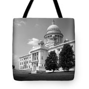 Old Rhode Island State House Bw Tote Bag