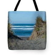 Pacific Trail Head Tote Bag