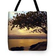 Peaceful Sundown On Hilo Bay - Hawaii Tote Bag