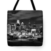 Philadelphia Black And White Cityscape Tote Bag