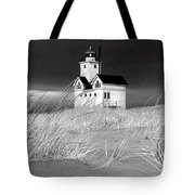 Photograph Of The Lighthouse Big Red In Holland Michigan Tote Bag