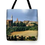 Pienza A Hill Town In Tuscany Tote Bag
