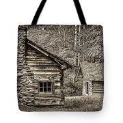 Pioneer Cabin And Shed In Cades Cove E227 Tote Bag