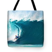 Pro Surfer Kelly Slater Surfing In The Pipeline Masters Contest Tote Bag