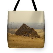 Pyramids Of Giza 12 Tote Bag