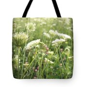 Queen And Clover Tote Bag