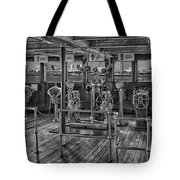 Queen Mary Ocean Liner Bridge 02 Bw Tote Bag