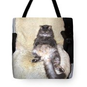 Queenie As An Executive Tote Bag