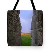 Rainbow Through Stonehenge Sarsens Tote Bag