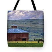 Red Barn And Barbed Wire Tote Bag