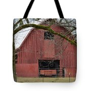Red Barn Series Picture C Tote Bag