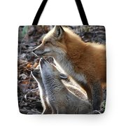 Red Fox With Kits Tote Bag
