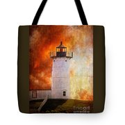 Red Sky At Morning - Nubble Lighthouse Tote Bag
