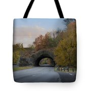 Rock Tunnel - Kelly Dive Tote Bag