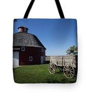 Round Barn Wooden Wagon Tote Bag