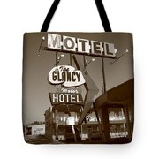 Route 66 - Glancy Motel Tote Bag