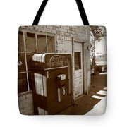 Route 66 - Rusty Coke Machine 2 Tote Bag