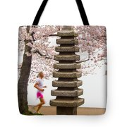 Running By The Tidal Basin Tote Bag
