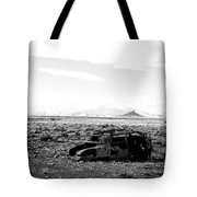Rusty Car 3 - Black And White Tote Bag