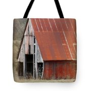 Rusty Ole Barn Tote Bag
