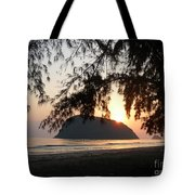 Sam Roi Yod At Dawn Tote Bag