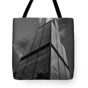 Sears Willis Tower Black And White 01 Tote Bag