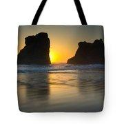 Seastacks, Oregon Tote Bag