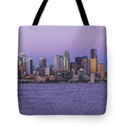 Seattle Skyline Panorama - Massive Tote Bag