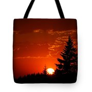 Setting Low I Tote Bag