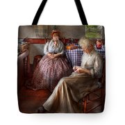 Sewing - I Can Watch Her Sew For Hours Tote Bag