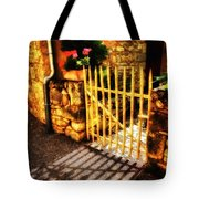 Shut Tote Bag