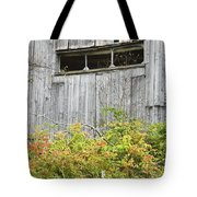 Side Of Barn In Fall Tote Bag
