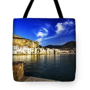 Sightseing Tote Bag