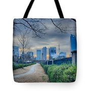 Skyline Of A Big City In South - Charlotte Nc Tote Bag
