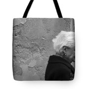 Smile Does Not Age Tote Bag
