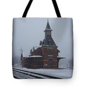 Snowing Point Of Rock Tote Bag