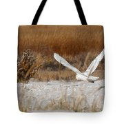 Snowy Owl On The Hunt Tote Bag